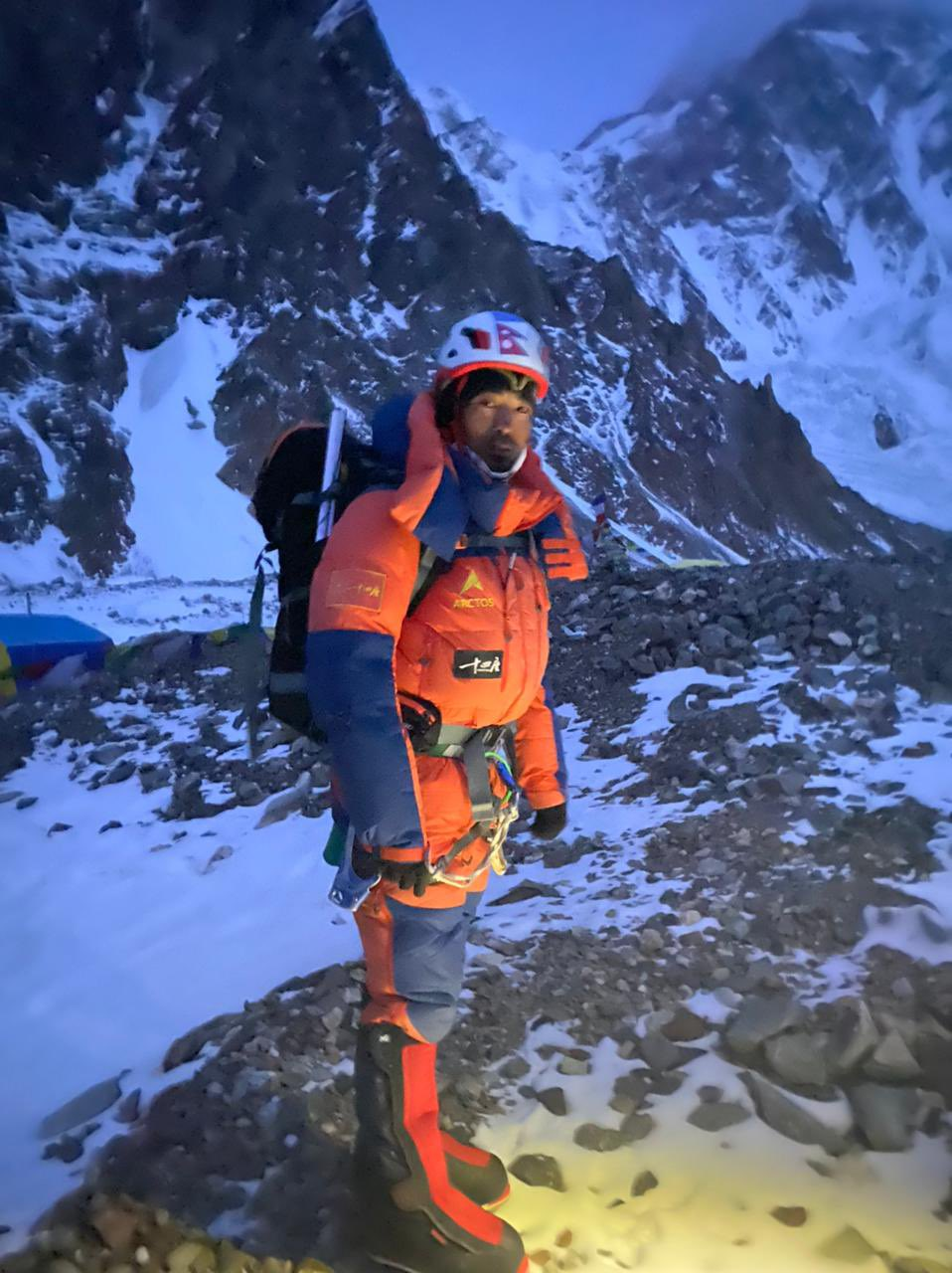 New Speed Climbing Record On Cho Oyu?