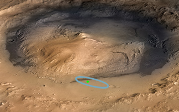 676781main curiosity in crater 360