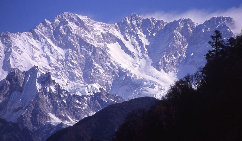 800px Kangchenjunga South Face