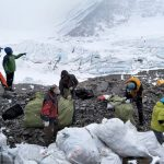trash on everest